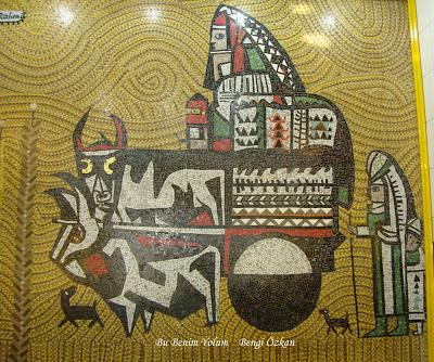 Bedri Rahmi Eyüboğlu'nunun Karaköy'deki 'Kağnı Mozaik' panosu