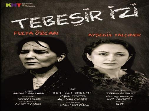 Fulya Özcan 16 Yıl Sonra Tiyatro Sahnesinde