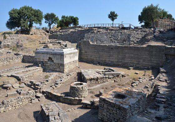 Çanakkale Arkeolojik Kazıları – Mine Bora Diri yazdı…