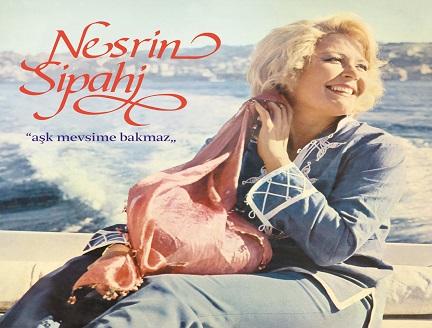 """Nesrin Sipahi'den bir plak: """"Aşk Mevsime Bakmaz"""""""