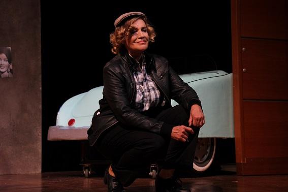 """Photo of """"Şoför Nebahat"""" Tiyatroda!"""