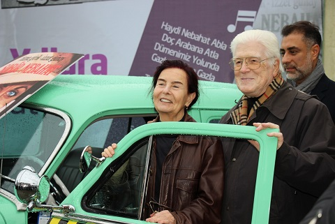 "Photo of Fatma Girik'e, doğum gününde ""Şoför Nebahat""li kutlama!"