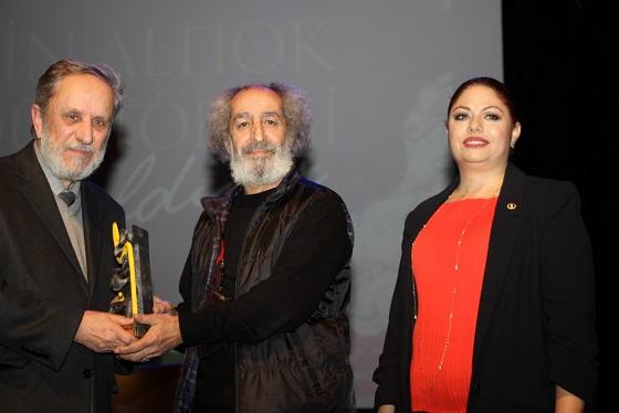 Photo of 10'uncu Metin Altıok Şiir Ödülü Sahibini Buldu.