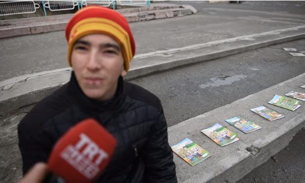 Photo of 'Kitaplar Yakılmasın Okunsun' dedi herkesi duygulandırdı!