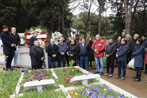 Photo of Ünlü müzik insanı Attila Özdemiroğlu anıldı.