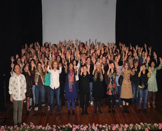 Photo of 100 Kadın 100 Replik ile: #KadınlarSahneye