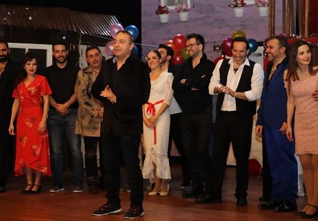 Photo of Arabesk Müzikali'nin Galası Yapıldı!