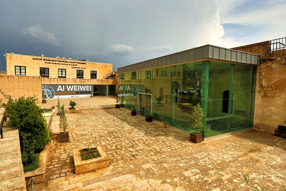 "Photo of ""AI WEIWEI Mardin'de"""