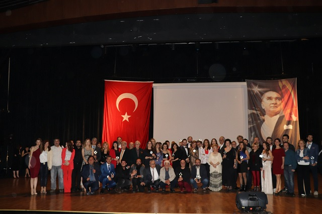 Photo of Yeni Tiyatro Dergisi 6. Emek ve Başarı Ödülleri sahiplerini buldu!