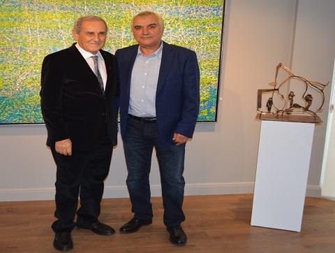 Photo of Devrim Erbil'in resimleri Necmi Murat'ın heykelleri ile buluştu!