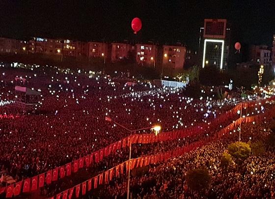 Photo of Haluk Levent ile Cumhuriyet Coşkusu