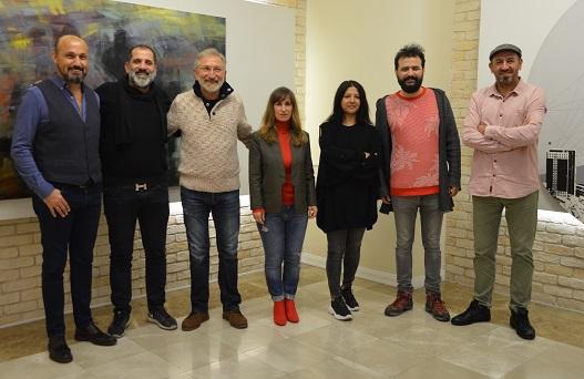 Photo of 'Yedi Sanatçı'nın resimleri ile 'Yedi Tepe İstanbul'