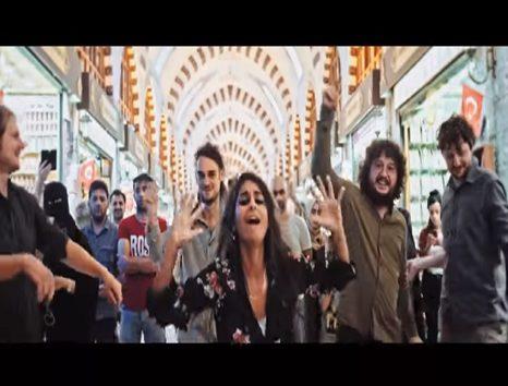 Photo of Sokağın sesi LIGHT IN BABYLON'dan yeni video klip geldi: 'Canım Benim'