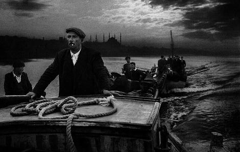 Photo of Raci Tetik, neden Ara Güler'e takılmaz? – Dursaliye Şahan yazdı…