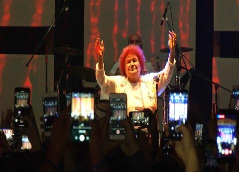 Photo of Selda Bağcan dünyada bir ilki 'Sokak Festivali'nde gerçekleştirdi!