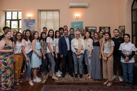 Photo of Dünya gençleri Ahmet Ümit ile buluştu!