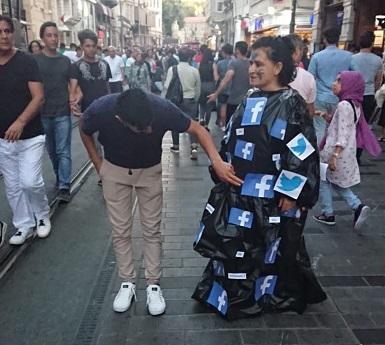 """Photo of 'Bir Sanatçı Bir Performans' : Zeliha Demirel """"Saadet Adası"""""""