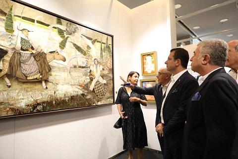 Photo of Ekrem İmamoğlu Contemporary Istanbul'u gezdi.