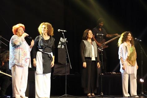 Photo of Harbiye'de Selda Bağcan ve Yeğenleri Rüzgarı