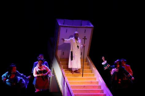"""Photo of """"Tartuffe"""" özgün yorumuyla sahnede!"""