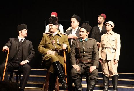 "Photo of ""Mustafa Kemal"" kitabı sahneye taşındı"