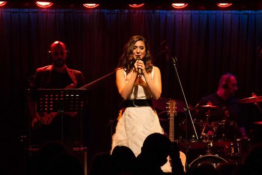 Photo of Seran Bilgi ilk albümüyle büyük beğeni kazandı