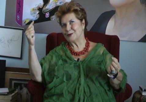 Photo of Dilek Türker, 'Aşk Kalıcıdır' oyununu ve 'Tiyatro Ayna'yı anlattı…