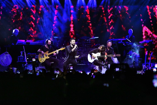 Photo of MEGASTAR TARKAN'IN AVRUPA TURNESİ'NDE 8 KONSER 50.000 İZLEYİCİ