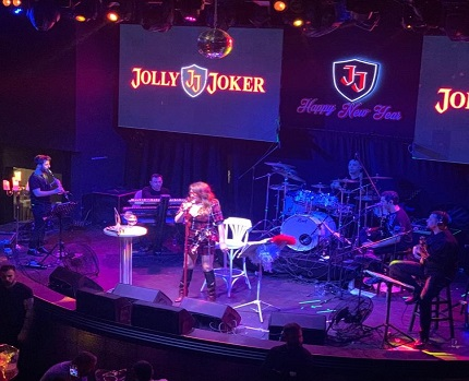 Photo of ​On Bin Kişi Yeni Yıla Jolly Joker'de Eğlenerek Girdi!