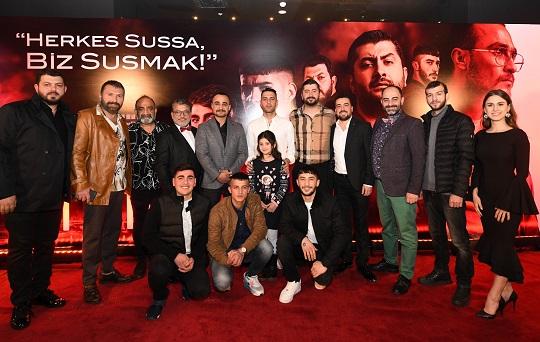 """Photo of """"SIFIR BİR"""" FİLMİNİN İLK GALASI İSTANBUL'DA YAPILDI"""