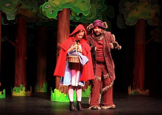 Photo of 'Heidi' ve 'Kırmızı Başlıklı Kız' oyunlarını izleyebilirsiniz.