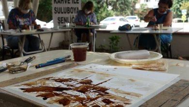 Photo of Suluboya Sanatçıları kahve ile resim yaptı