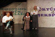 """Photo of Tiyatro Ak'la Kara """"Döktür Bi Şekspir"""" oyunu ile prömiyer yaptı"""